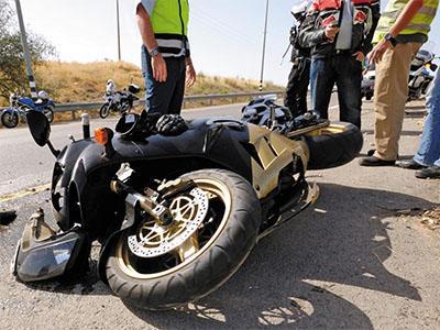Consulta Gratuita en Español con Abogados de Accidentes de Moto en Los Angeles California